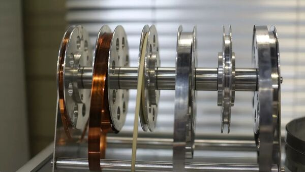 В России испытан авиационный электродвигатель, созданный по технологиям сверхпроводимости - Sputnik Таджикистан