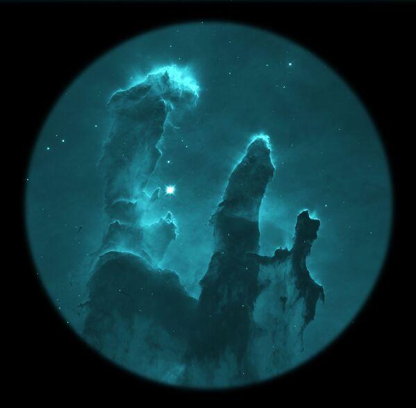 Снимок M16 российского фотографа Alexios Theodorov из категории Annie Maunder Prize for Image Innovation, попавший в шортлист конкурса Insight Investment Astronomy Photographer of the Year 2020  - Sputnik Таджикистан