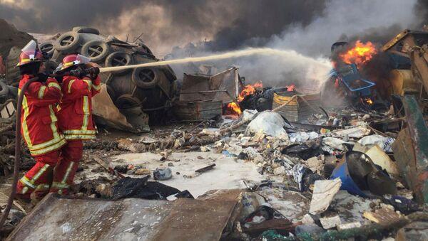 Мощный взрыв в Бейруте 4 августа 2020 года - Sputnik Таджикистан