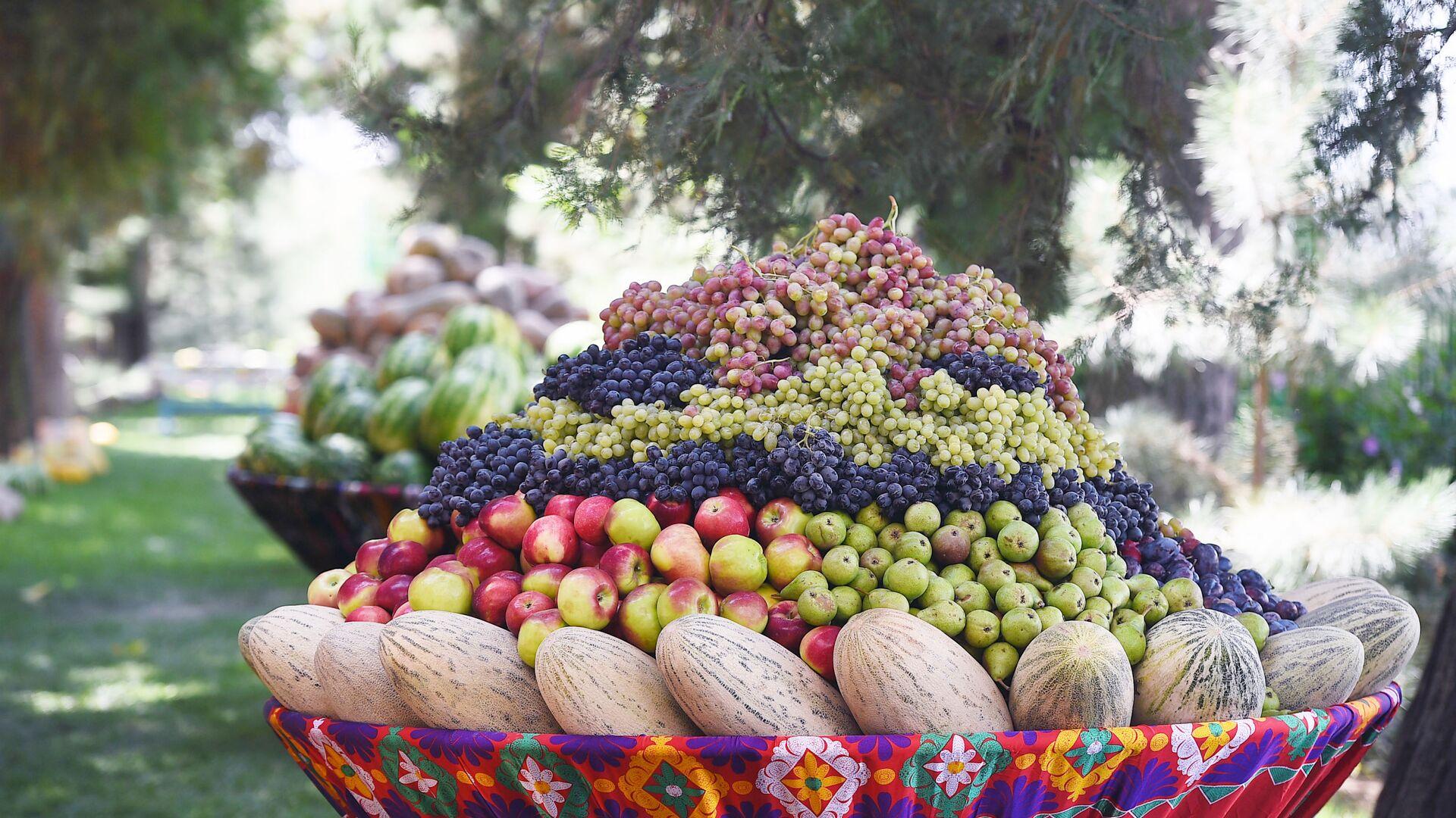 Таджикские фрукты в Декхане - Sputnik Таджикистан, 1920, 24.08.2021