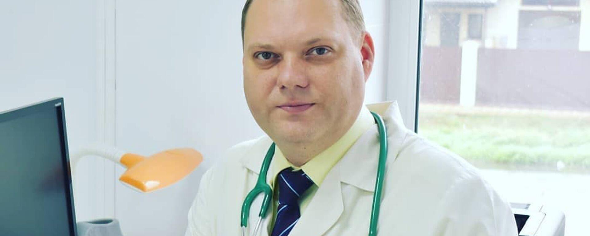 Евгений Тимаков, Врач-педиатр, инфекционист и вакцинолог, главный врач медцентра «Лидер-Медицина» - Sputnik Таджикистан, 1920, 24.06.2021