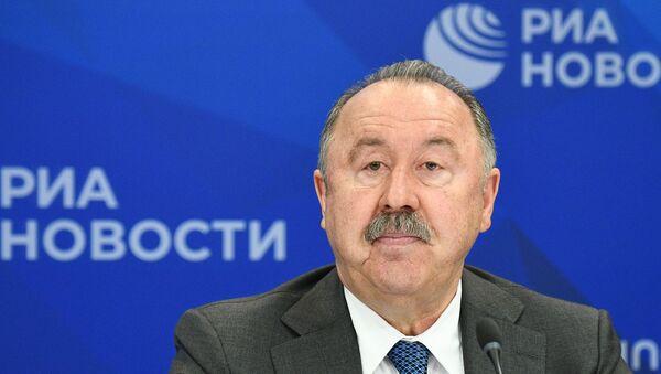 Футбольный тренер Валерий Газзаев - Sputnik Таджикистан