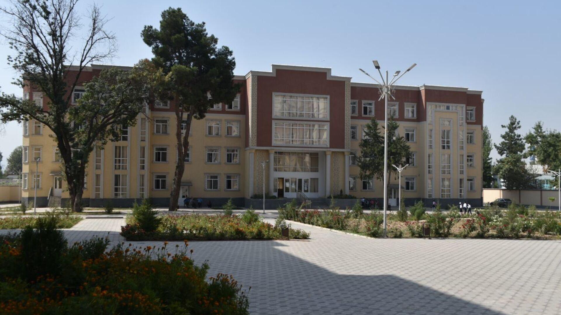 Школа - Sputnik Таджикистан, 1920, 19.05.2021