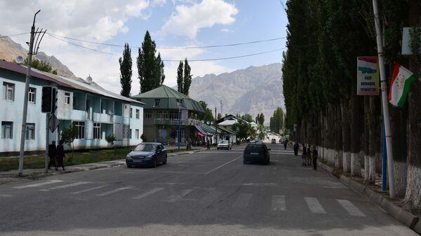 Улица в Таджикабаде - Sputnik Таджикистан