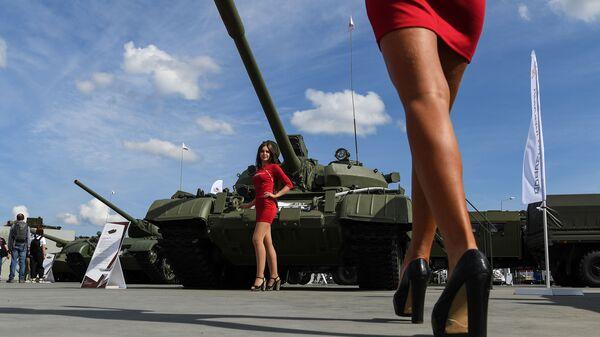 Танк Т-55А в статичной экспозиции выставки на Международном военно-техническом форуме (МВТФ) Армия-2020 в военно-патриотическом парке Патриот - Sputnik Таджикистан