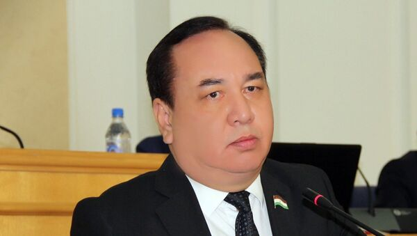 Кандидат на пост президента Таджикистана от ПЭРТ Рустам Рахматзода - Sputnik Таджикистан
