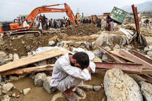 Поиск жертв наводнения в Афганистане - Sputnik Таджикистан