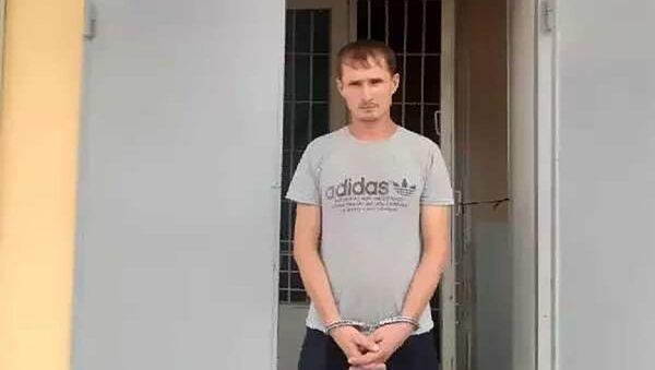 Арестованный мужчина за оскорбление своей матери - Sputnik Тоҷикистон