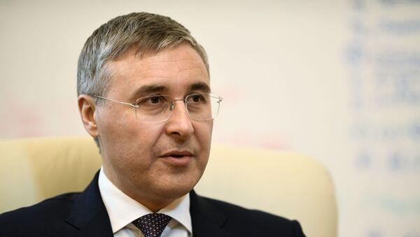 Министр науки и высшего образования РФ Валерий Фальков - Sputnik Таджикистан