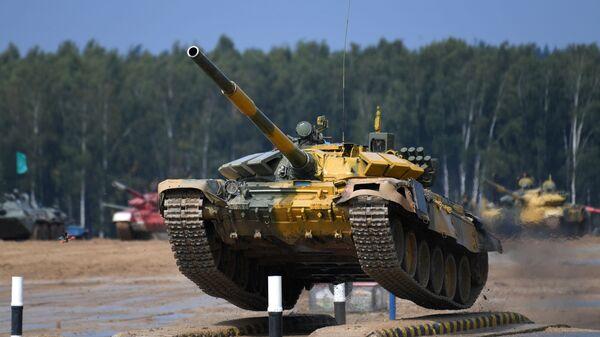 АрМИ — 2020. Танковый биатлон. Индивидуальная гонка - Sputnik Таджикистан