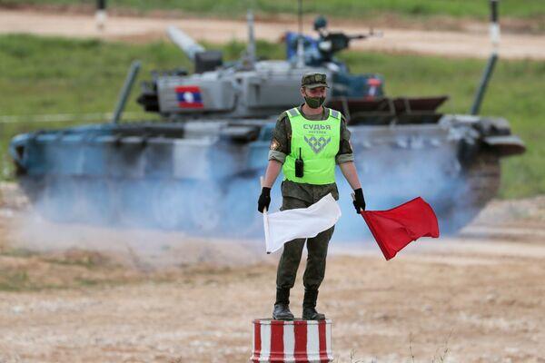 Танковый биатлон-2020. Индивидуальная гонка - Sputnik Таджикистан