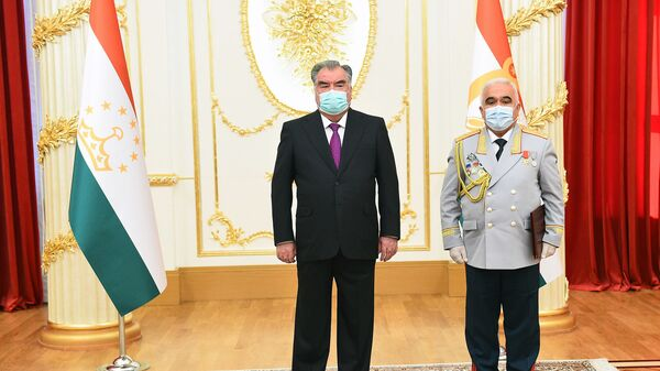 Эмомали Рахмон и Шерхон Салимзода - Sputnik Таджикистан
