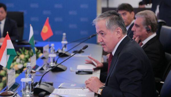 Глава МИД Таджикистана Сироджиддин Мухриддин в Москве - Sputnik Таджикистан