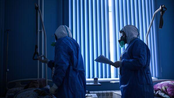 Госпиталь COVID-19 в ЦИТО им. Н. Н. Приорова - Sputnik Таджикистан
