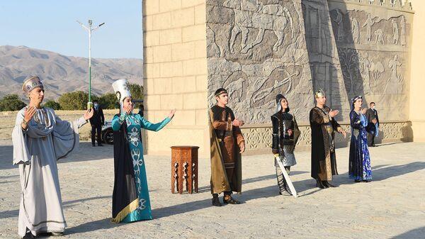 Празднования в честь 5500-летия Саразма  - Sputnik Таджикистан