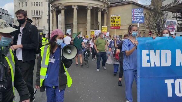 Митинги врачей в Европе. Чем недовольны медики и что прогнозирует ВОЗ? - Sputnik Таджикистан