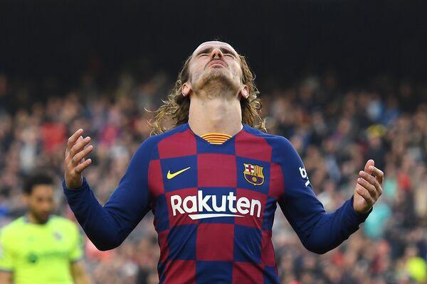 Форвард испанского футбольного клуба Барселона Антуан Гризманн на матче с Хетафе в Барселоне, Испания - Sputnik Таджикистан