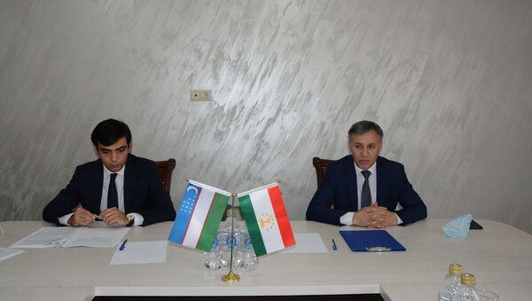 Встреча делегаций Торгово-промышленных палат Узбекистана и Таджикистана - Sputnik Таджикистан