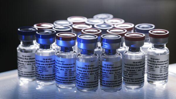 Вакцина против новой коронавирусной инфекции - Sputnik Таджикистан