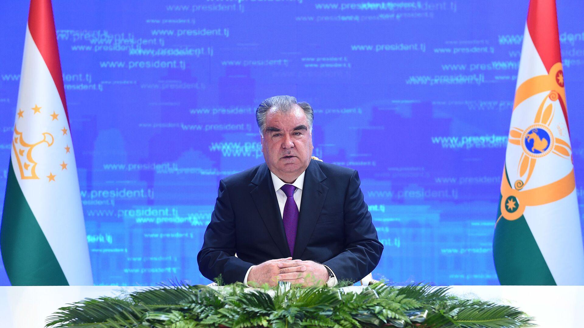 Президент Таджикистана Эмомали Рахмон - Sputnik Таджикистан, 1920, 12.05.2021