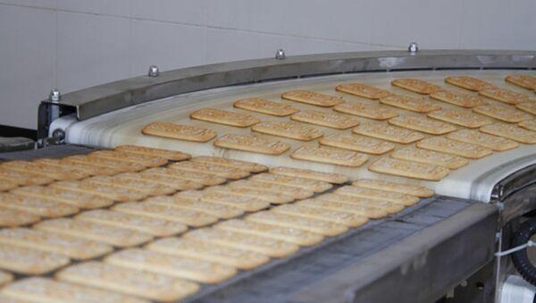 Производство печенья на предприятии «Файзи Расул» в городе Худжанд - Sputnik Таджикистан