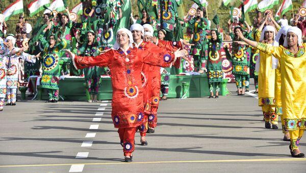 Национальные танцы в Хатлонской области - Sputnik Таджикистан