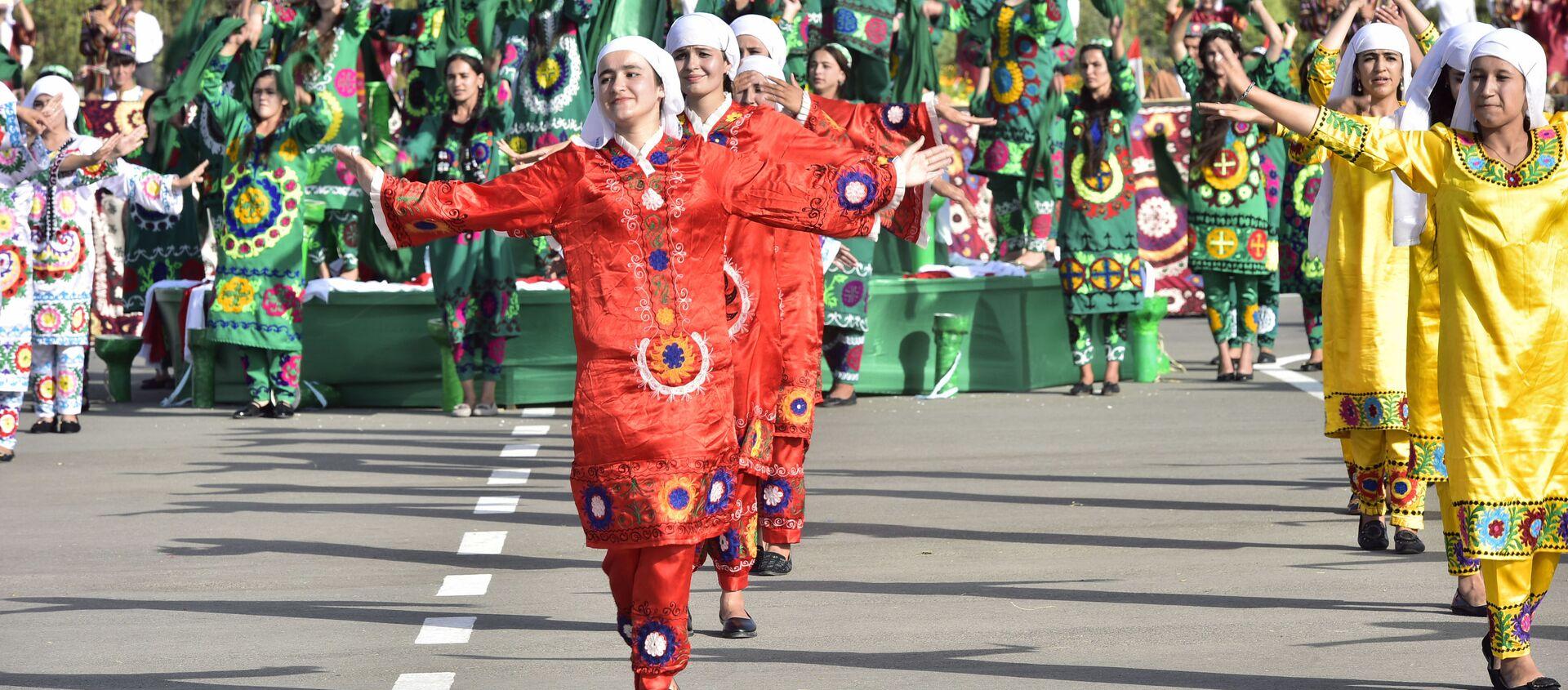 Национальные танцы в Хатлонской области - Sputnik Таджикистан, 1920, 22.02.2021