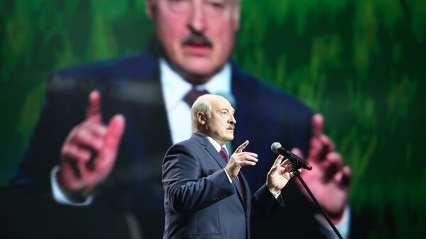 Президент Белоруссии Александр Лукашенко во время выступления в Минске - Sputnik Таджикистан