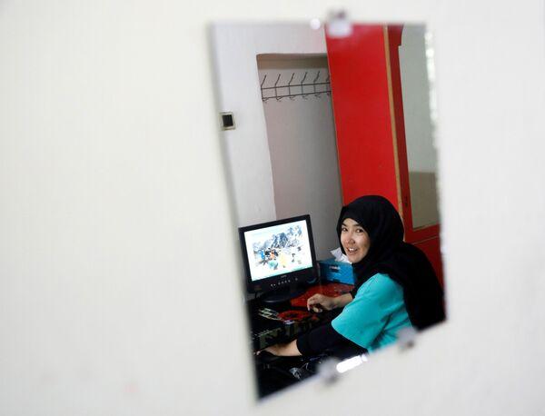 Фатима Султани в своем доме в Кабуле - Sputnik Таджикистан