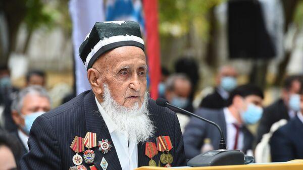 Абдулазиз Кодиров , ветеран ВОВ, долгожитель, 101-летний житель Шахринава - Sputnik Тоҷикистон