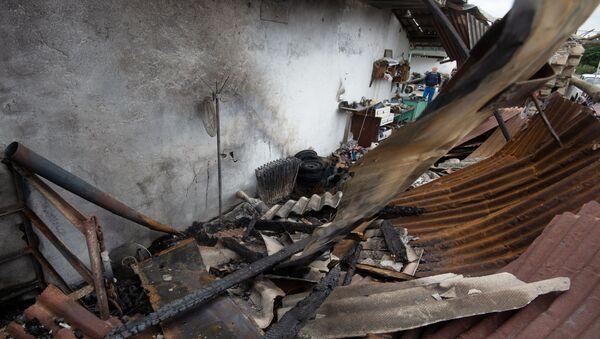 Поврежденный дом в результате обстрелов по общине Иванян Нагорного Карабаха - Sputnik Тоҷикистон