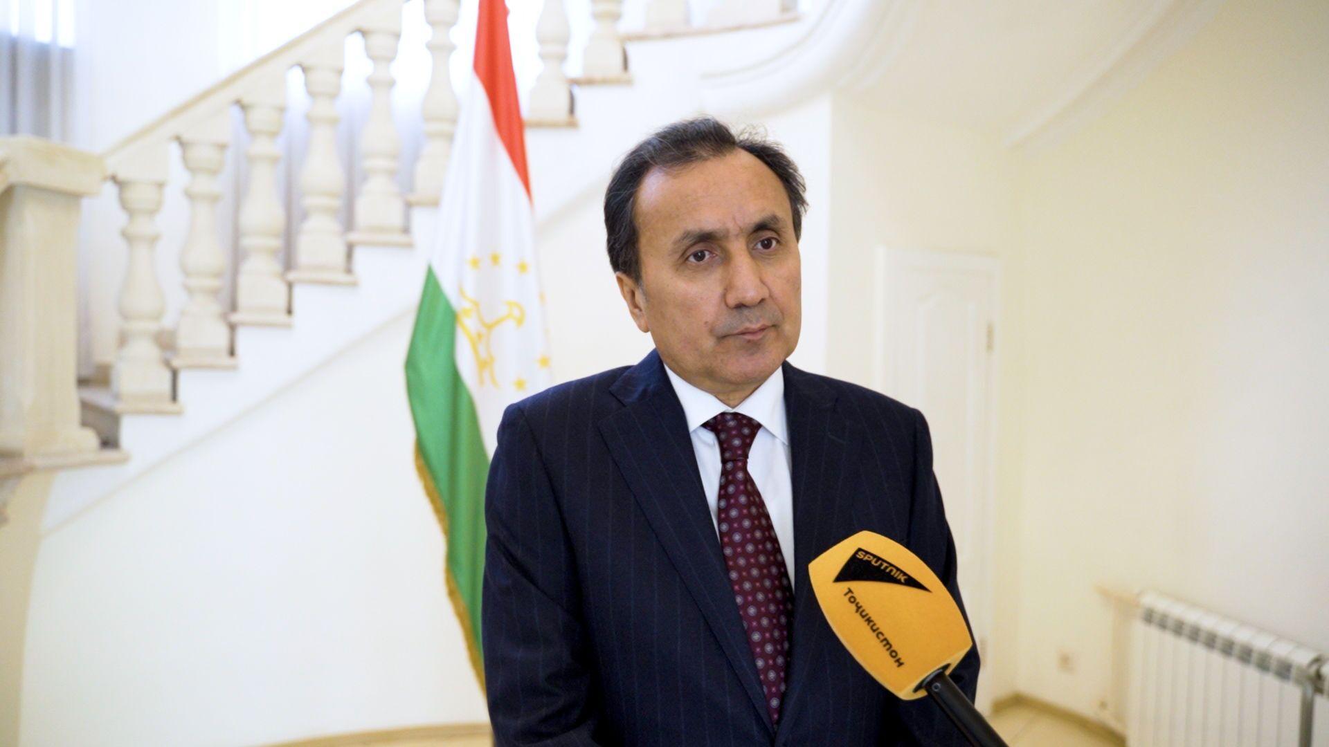 Посол Республики Таджикистан в РФ Имомуддин Сатторов - Sputnik Таджикистан, 1920, 15.06.2021