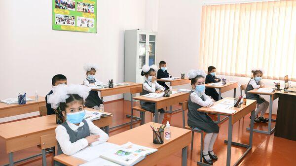 Средняя школа в Таджикистане - Sputnik Тоҷикистон