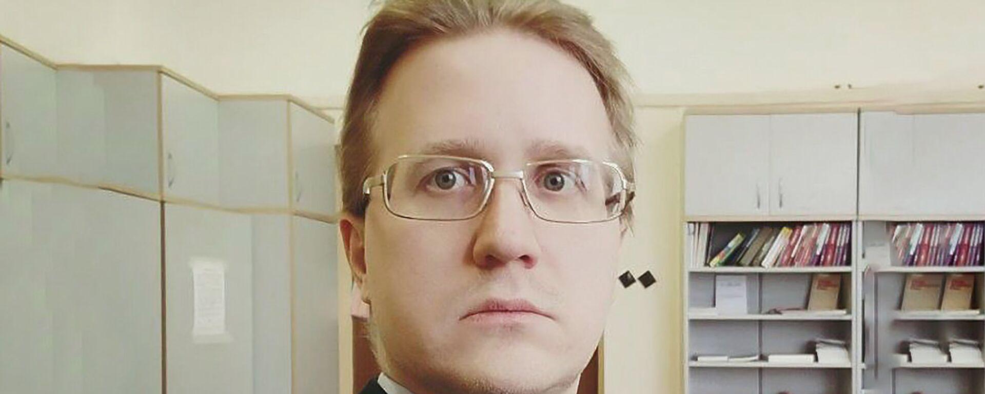 Ведущий эксперт Фонда Национальной энергетической безопасности, эксперт Финансового университета при правительстве РФ Станислав Митрахович - Sputnik Таджикистан, 1920, 05.04.2021