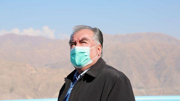 Президент Таджикистана Эмомали Рахмон побывал на строящейся плотине Рогунской ГЭС - Sputnik Тоҷикистон