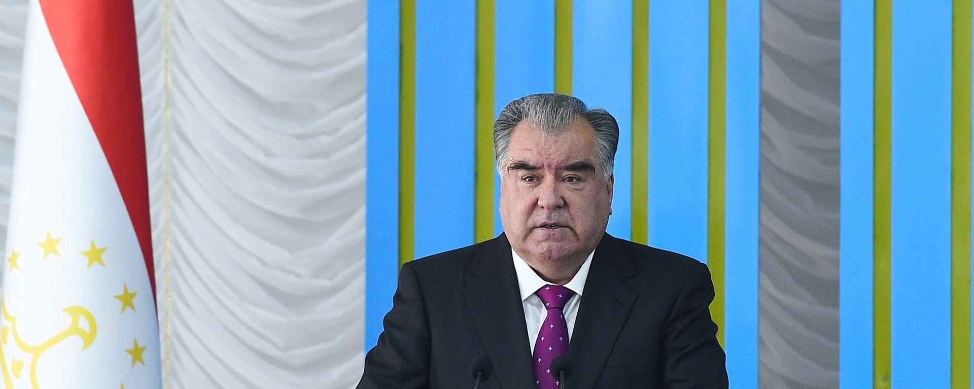 Президент Республики Таджикистан Эмомали Рахмон - Sputnik Тоҷикистон, 1920, 10.12.2020