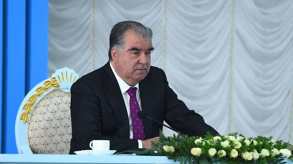 Президент Республики Таджикистан Эмомали Рахмон - Sputnik Таджикистан