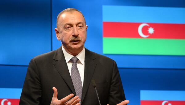 Президент Азербайджана Ильхам Алиев - Sputnik Таджикистан