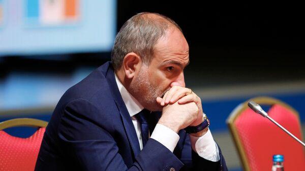 Премьер-министр Армении Никол Пашинян - Sputnik Таджикистан