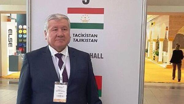 Содиқҷон Рустамӣ Абдукарим, муовини вазири саноат ва технологияҳои нав - Sputnik Таджикистан
