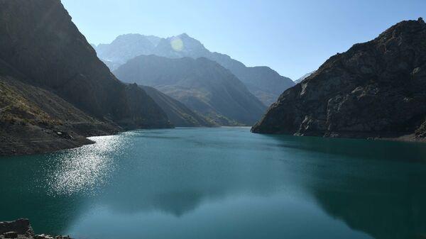 Озеро Маргузор - Sputnik Таджикистан