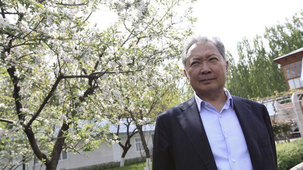 Бывший президент Кыргызстана Курманбек Бакиев  - Sputnik Тоҷикистон