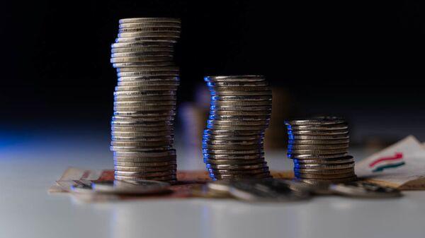 Монеты, архивное фото - Sputnik Тоҷикистон