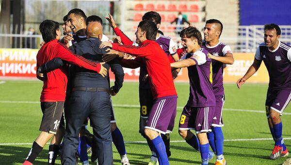 Кулябский Равшан выиграл золото первенства первой лиги Таджикистана - Sputnik Таджикистан