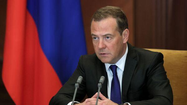 Заместитель председателя Совета безопасности РФ Дмитрий Медведев - Sputnik Таджикистан