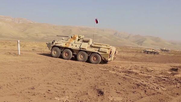 Отработка тактики боя с условными НВФ в горах Таджикистана - YouTube - Sputnik Тоҷикистон