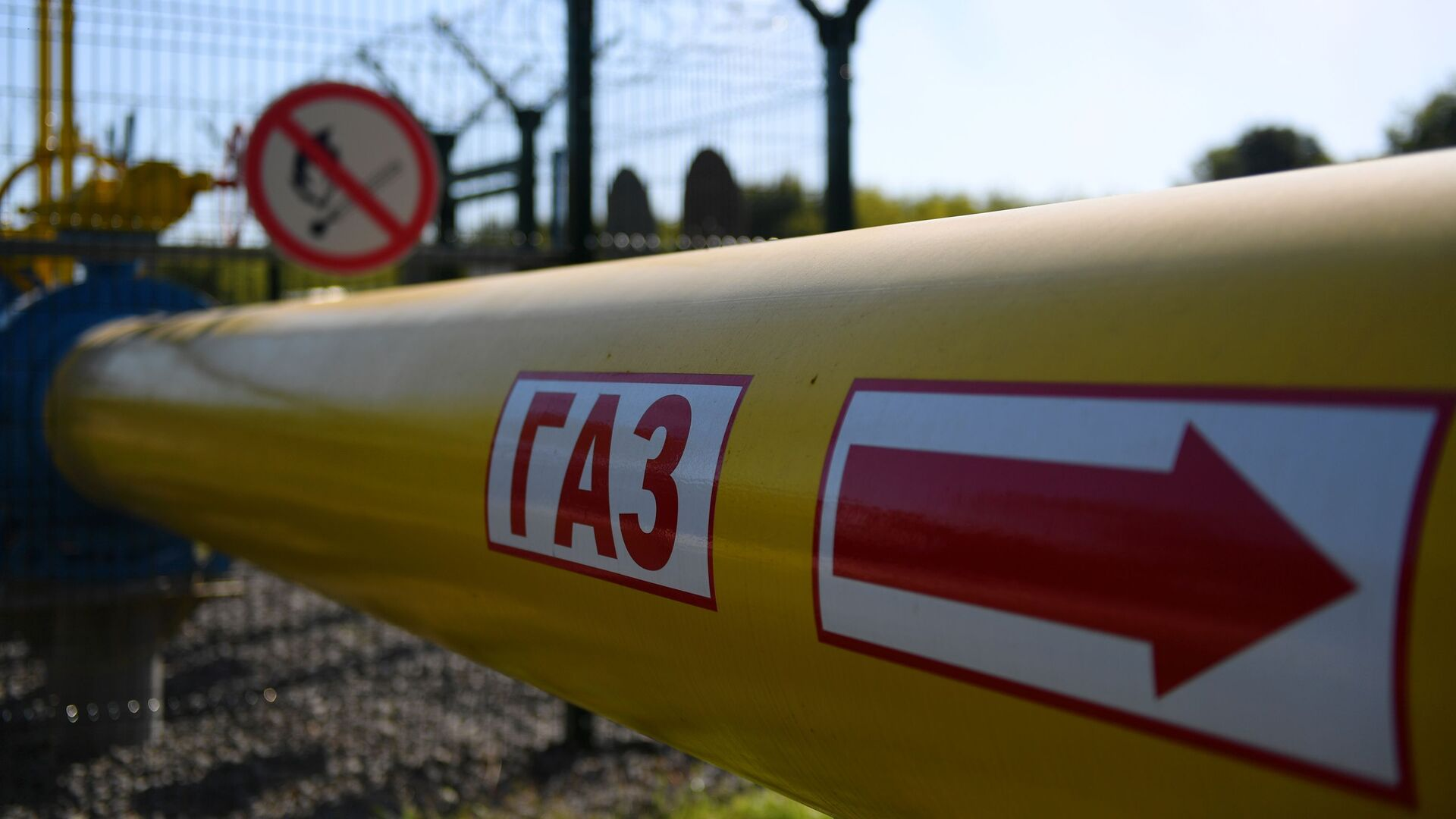Газопровод высокого давления от Елабуги до Нижнекамска - Sputnik Таджикистан, 1920, 30.07.2021
