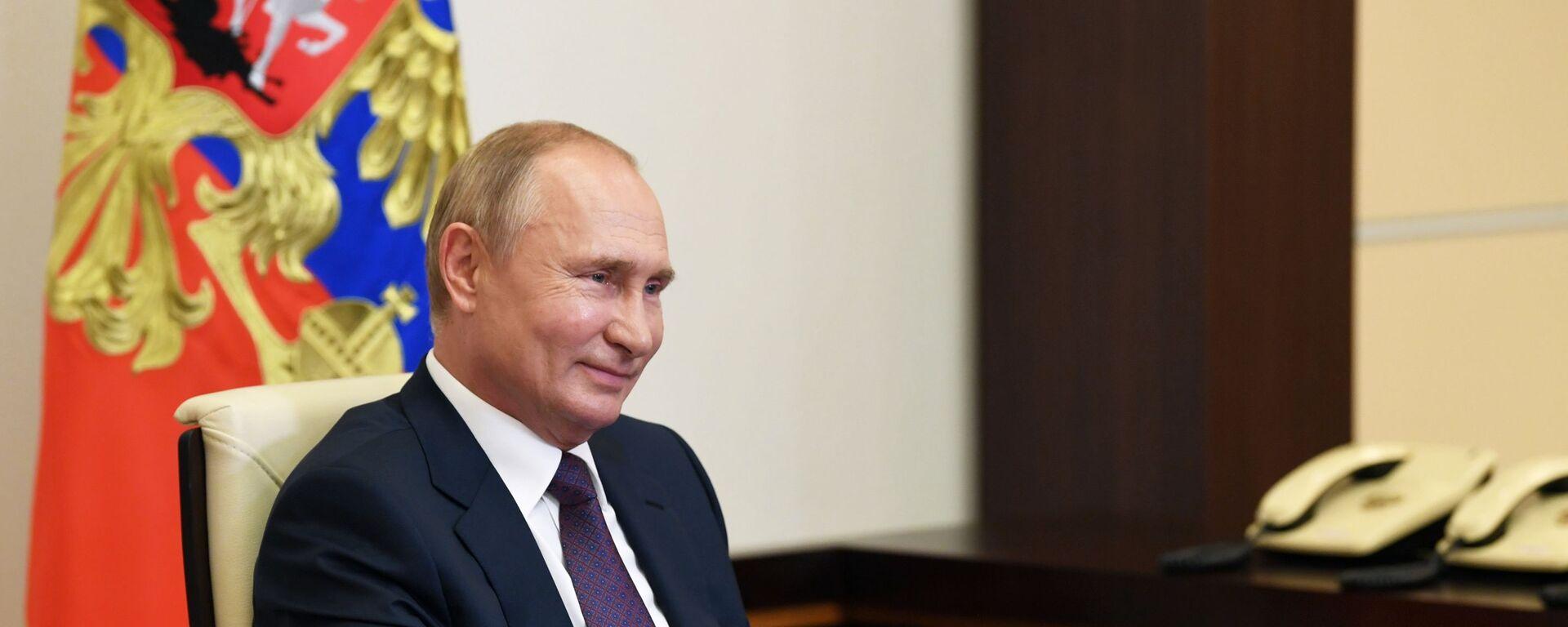Президент РФ Владимир Путин - Sputnik Таджикистан, 1920, 29.10.2020