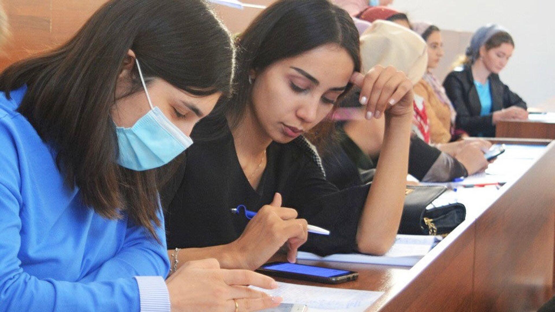 Представительство Россотрудничества в Таджикистане организовало «Большой этнографический диктант»  - Sputnik Таджикистан, 1920, 04.08.2021