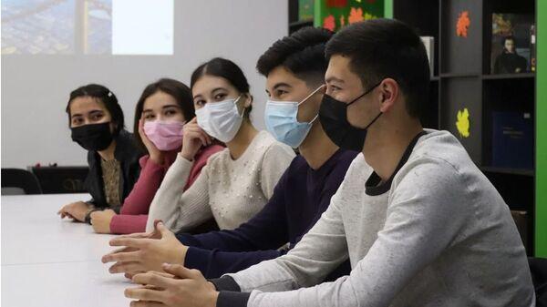 Участниками интеллектуально-развлекательного мероприятия Город моей мечты - Sputnik Таджикистан